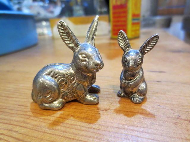 画像1: ウサギの親子